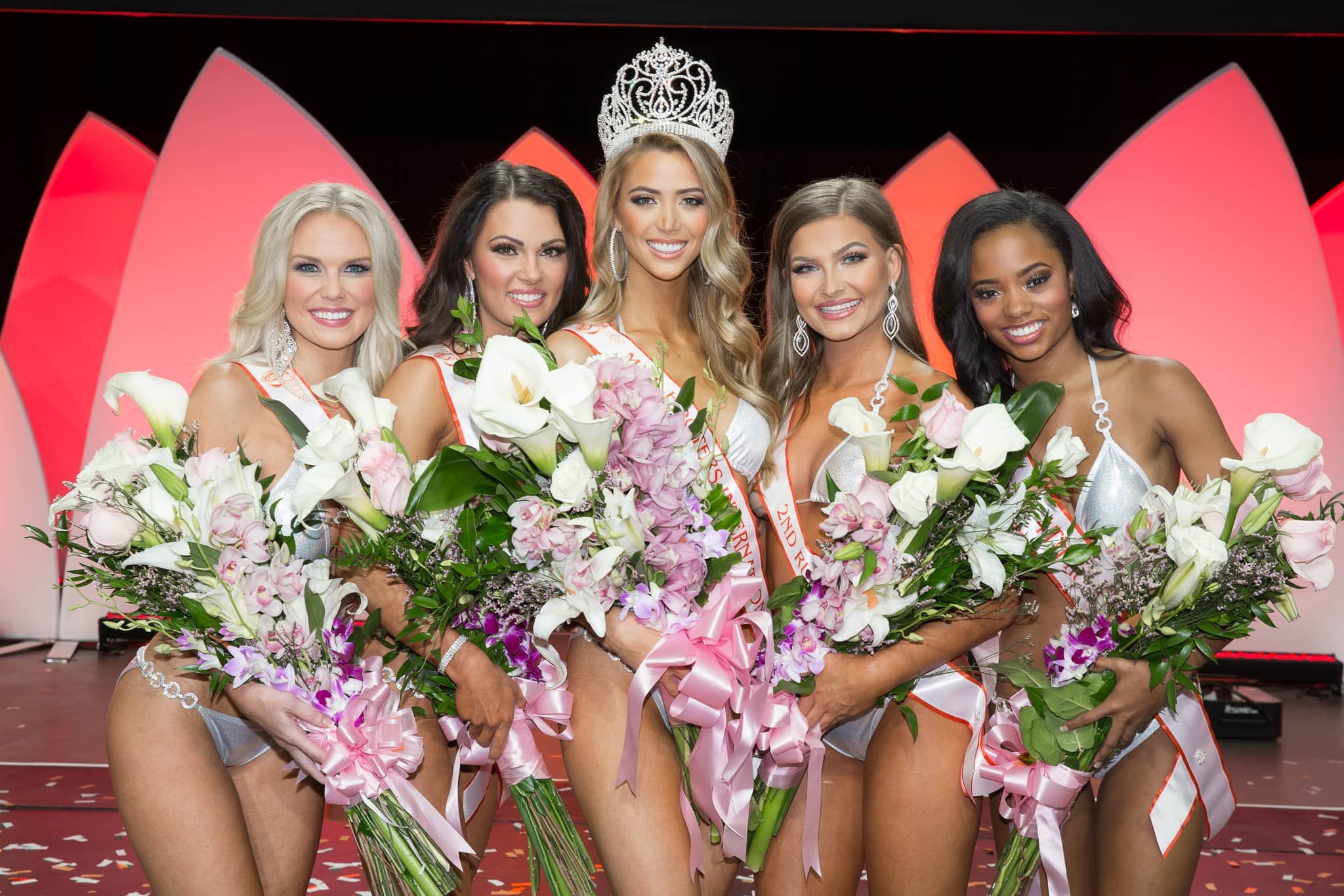 Abby Hooters Calendar May : Hooters takes over charlotte motor speedway this memorial