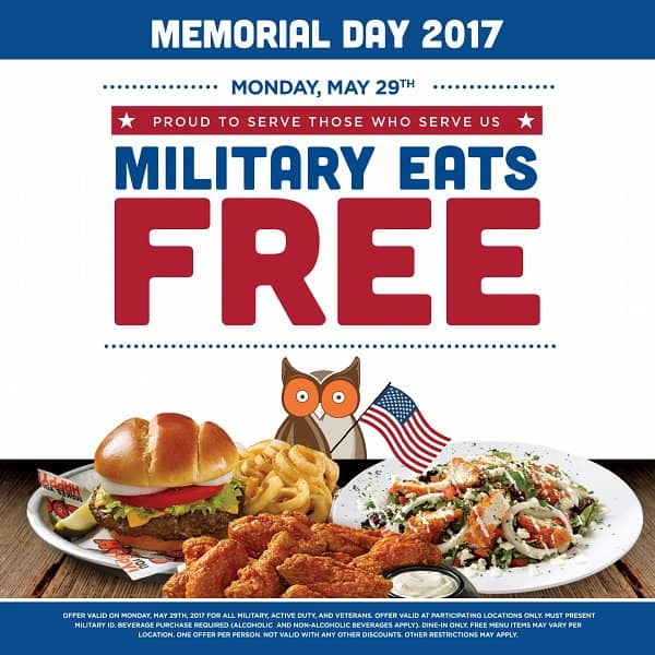 Hooters Serves Free Meals to Military on Memorial Day