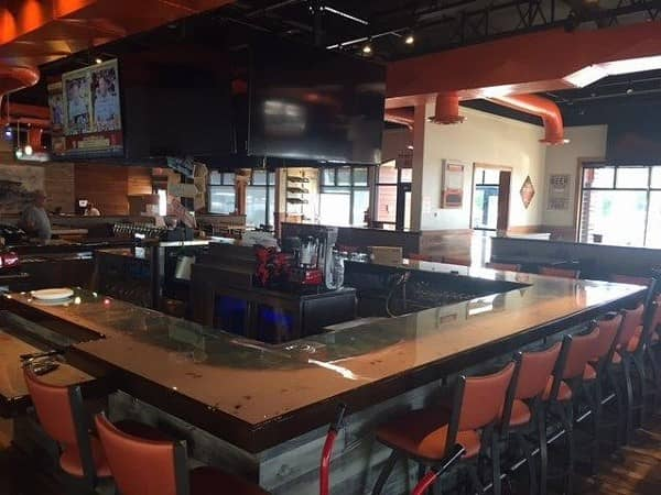 Hooters Opens Newest Location in Memphis