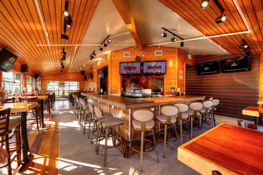 Hooters unveils new contemporary restaurant design