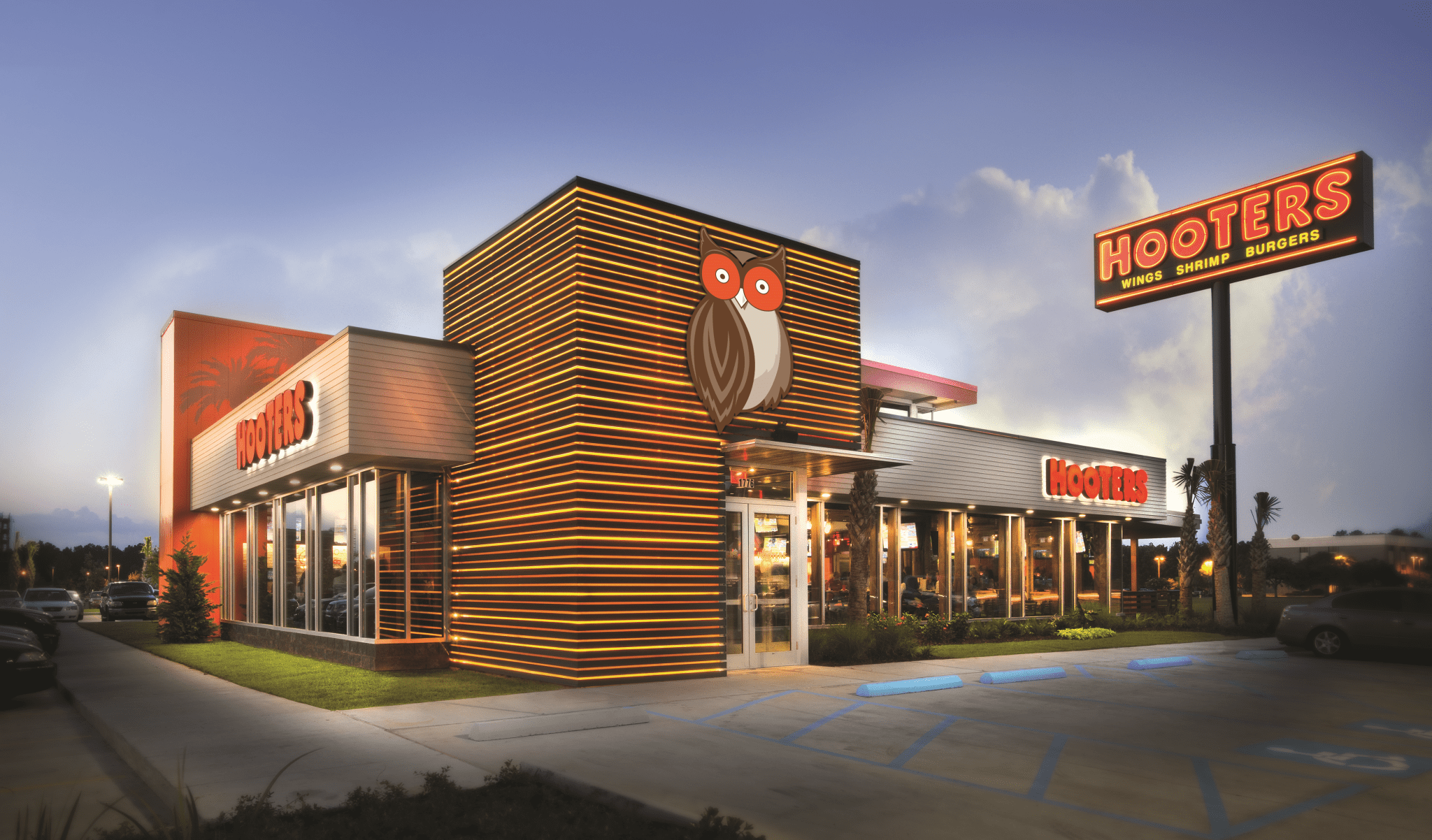 Hooters Opens First Bolivia Location In Santa Cruz Hooters