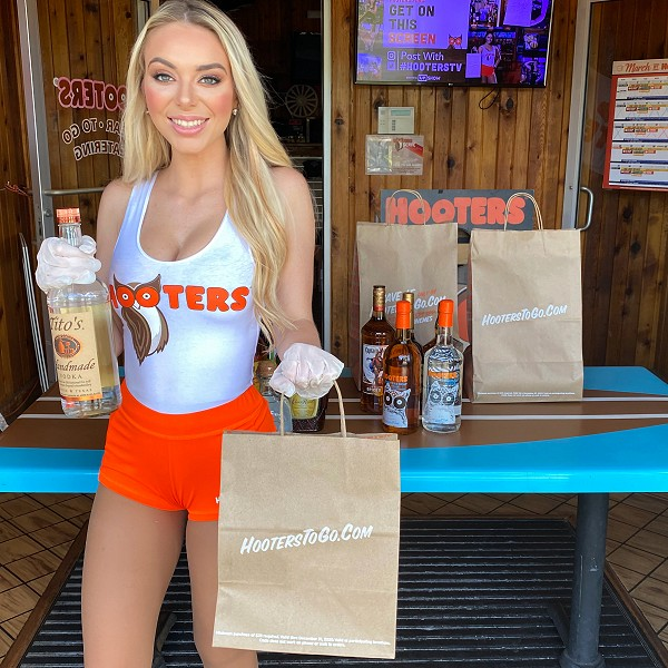Hooters Launches Curbside Pick-Up for Menu Nationwide