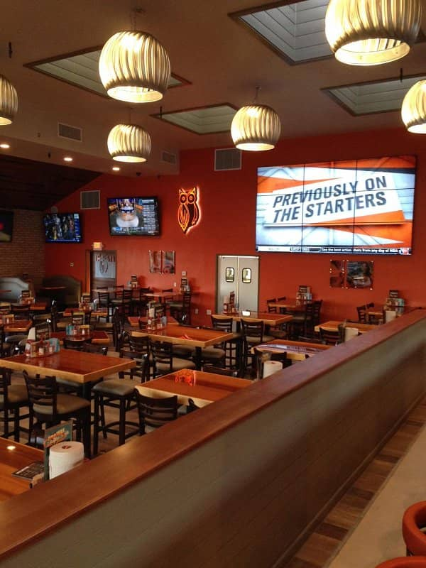 Hooters Unveils New Contemporary Design in San Marcos, Calif.