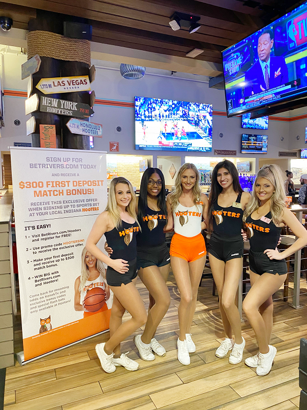 "Hooters Goes ""All-In"" on Sports Betting in IN, NJ and PA"