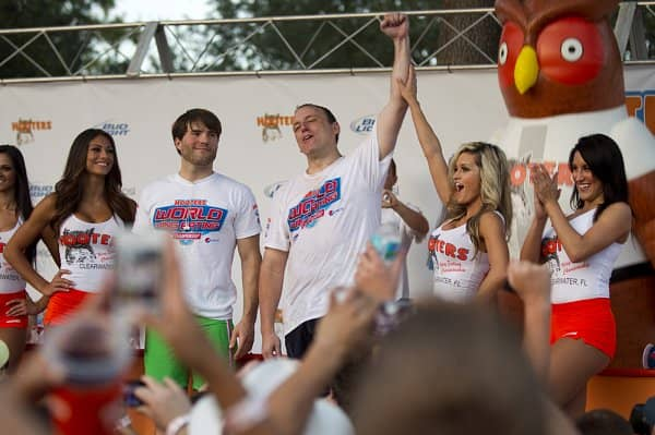 Hooters World Wing-Eating Championship Kicks Off in Panama City, Fla.