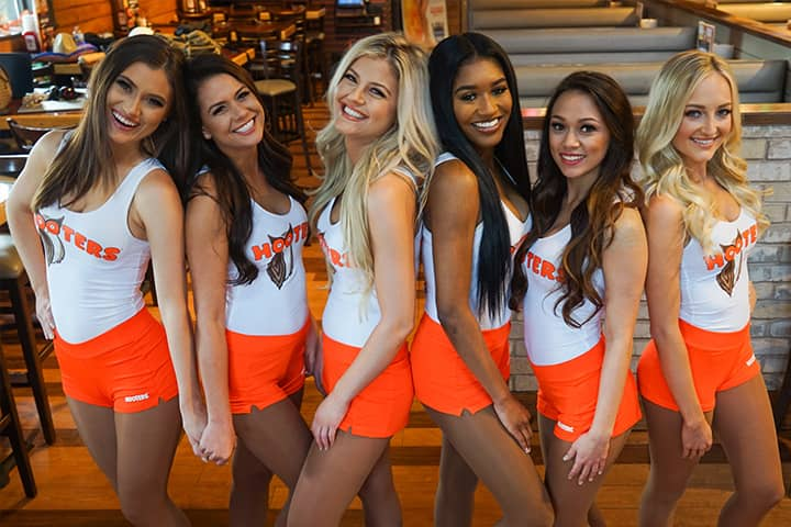 Reasons to Franchise with Hooters