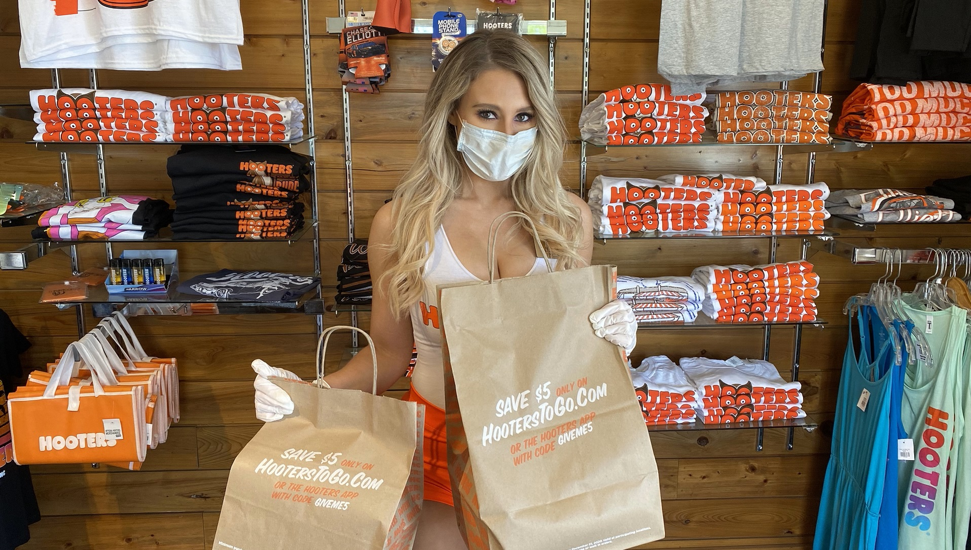 Hooters Girl Takeout Delivery Food