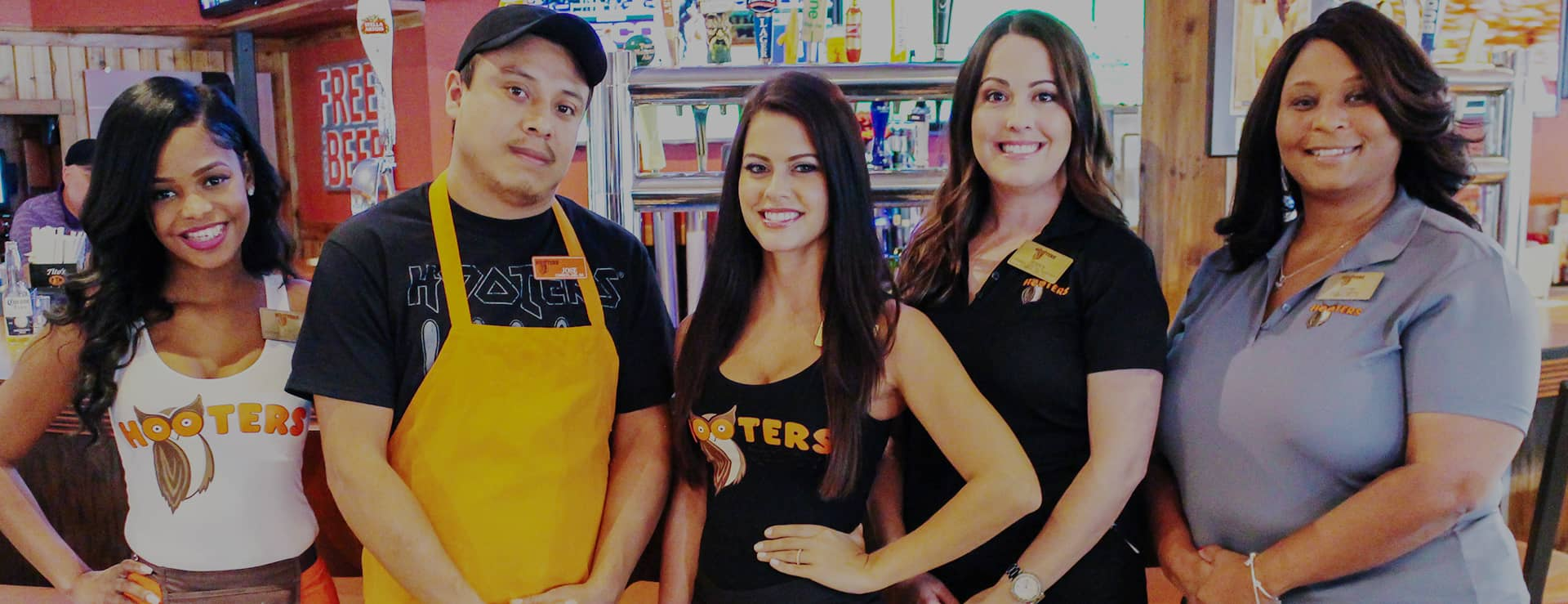 af9ade1ad3017 Full-Time   Part-Time Jobs at Hooters