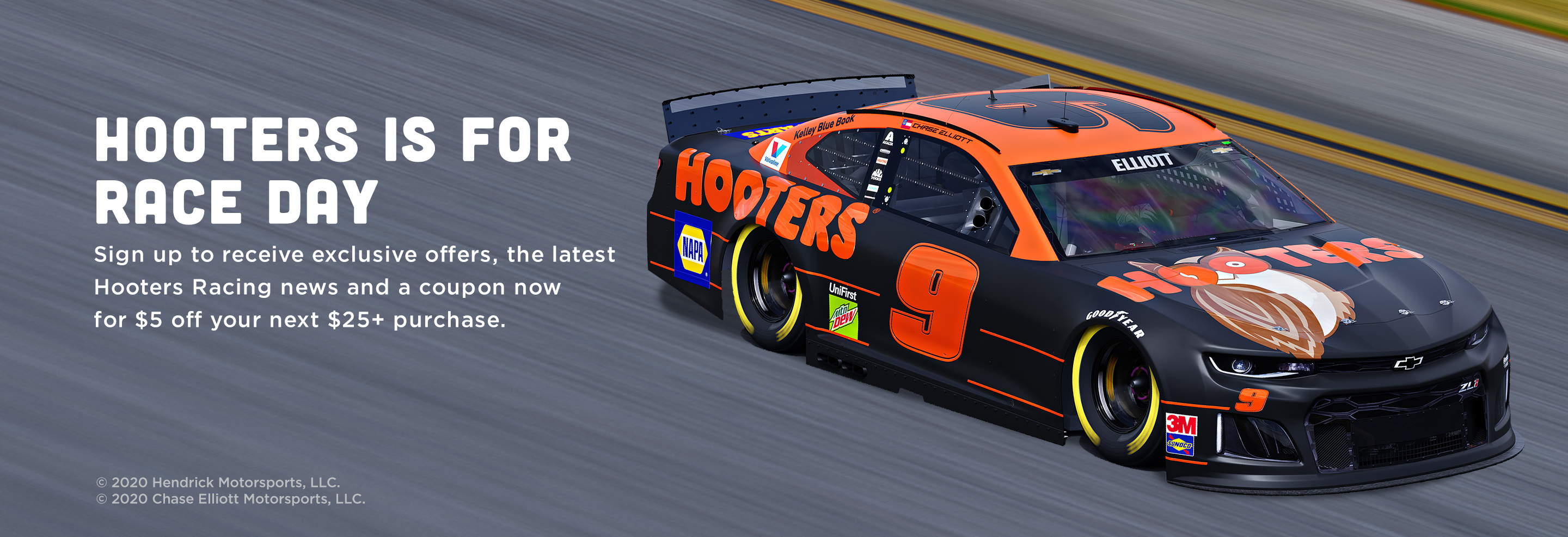 Hooters is For Race Day